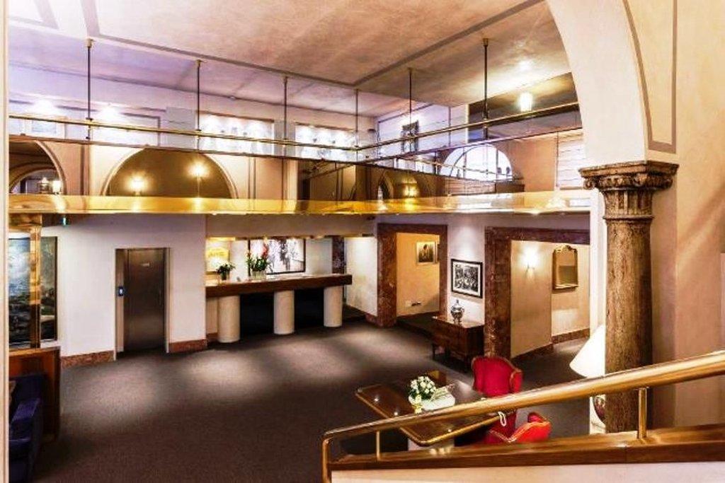 Accademia Hotel-Reception<br/>Image from Leonardo