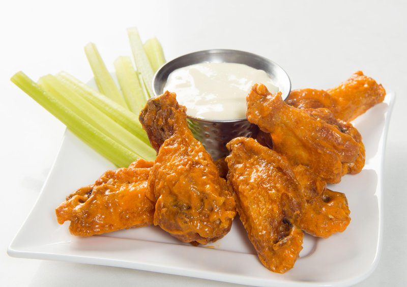 DoubleTree by Hilton Syracuse-Chef JT's Wings<br/>Image from Leonardo