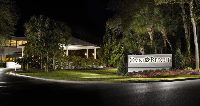 Omni Hilton Head Oceanfront Resort-Hotel Entrance<br/>Image from Leonardo