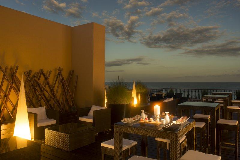 Grand Fiesta Americana Los Cabos All Inclusive - Sushi Sky Bar <br/>Image from Leonardo