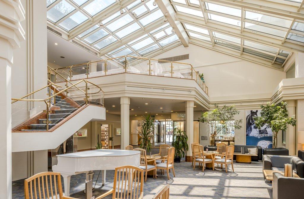 Metropole Hotel Interlaken-Lobby<br/>Image from Leonardo