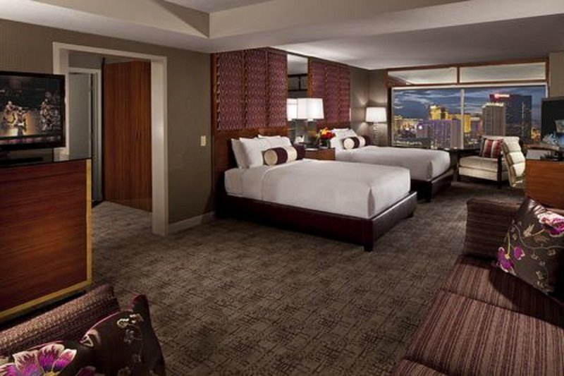 MGM Grand Hotel & Casino-Executive Queen Suite<br/>Image from Leonardo