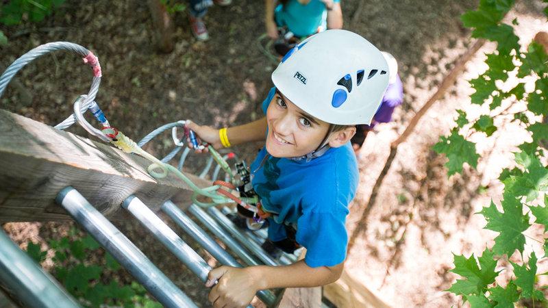 Deerhurst Resort-Treetop Trekking Deerhurst Resort<br/>Image from Leonardo