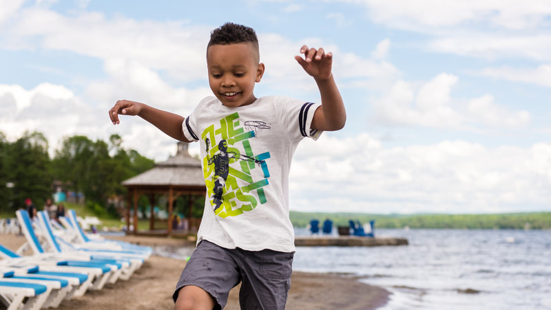 Deerhurst Resort-Kid At Beach<br/>Image from Leonardo