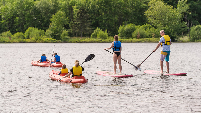 Deerhurst Resort-Stand Up Paddling<br/>Image from Leonardo