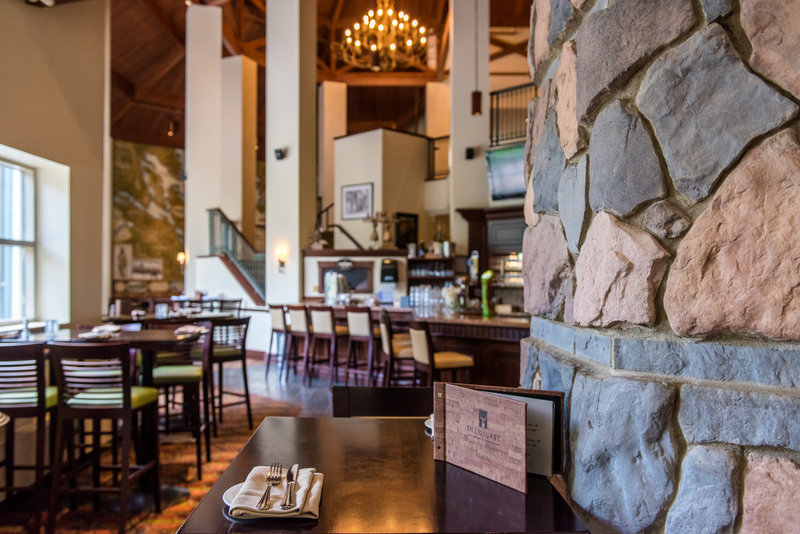 Deerhurst Resort-Compass Grill & Bar<br/>Image from Leonardo
