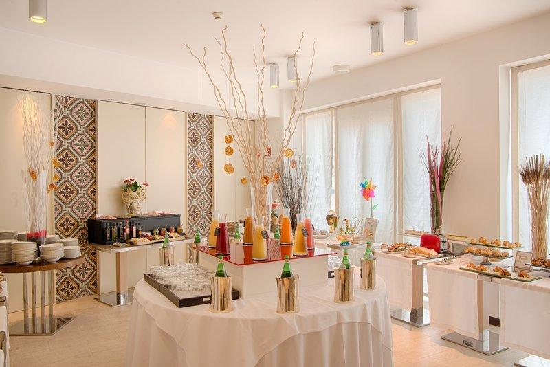 NH Collection Taormina-Buffet breakfast<br/>Image from Leonardo