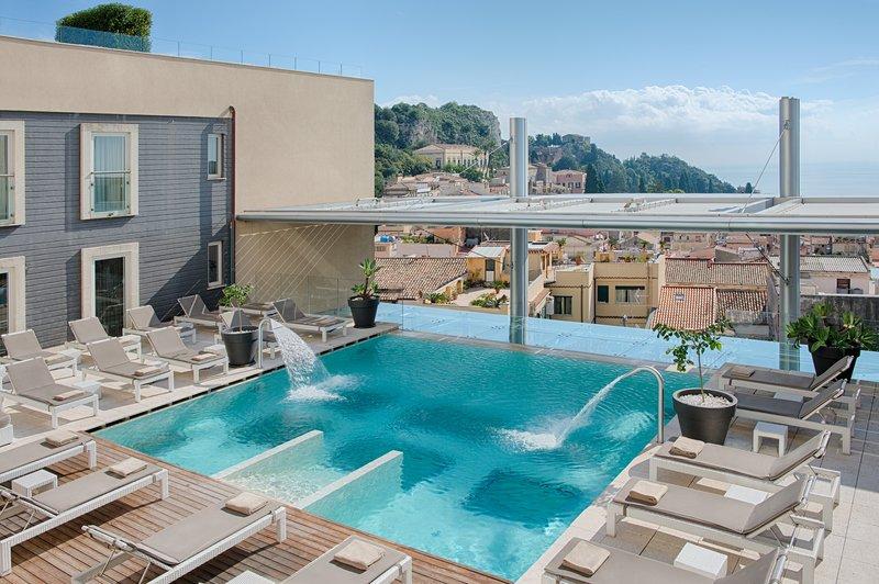 NH Collection Taormina-Swimming pool<br/>Image from Leonardo