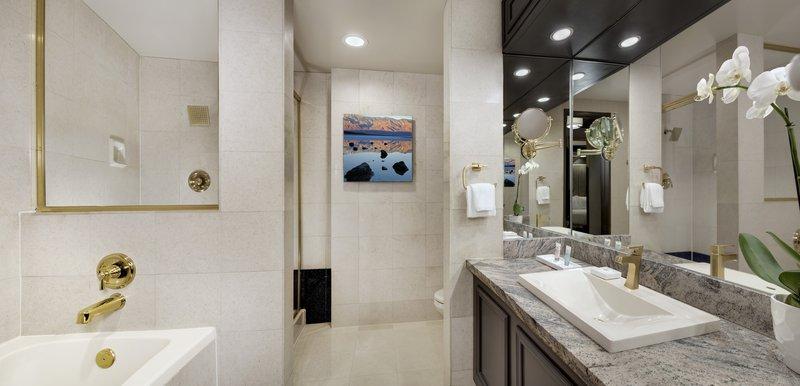 Luxor Resort and Casino-Tower Premium Room Bathroom<br/>Image from Leonardo