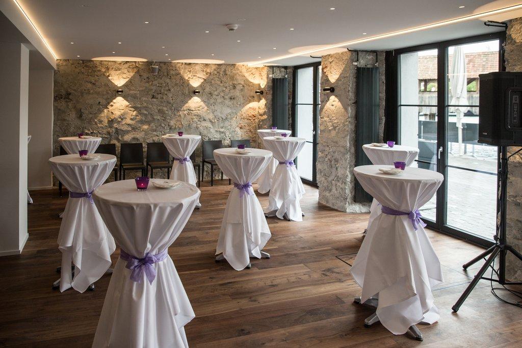Hotel Des Alpes-Banquet<br/>Image from Leonardo