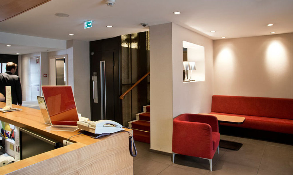 Hotel Des Alpes-Lobby<br/>Image from Leonardo