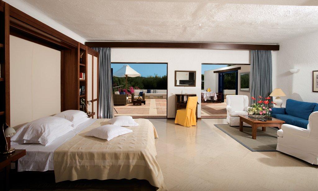 Elounda Bay Palace-Family Suite Open Plan Garden View<br/>Image from Leonardo