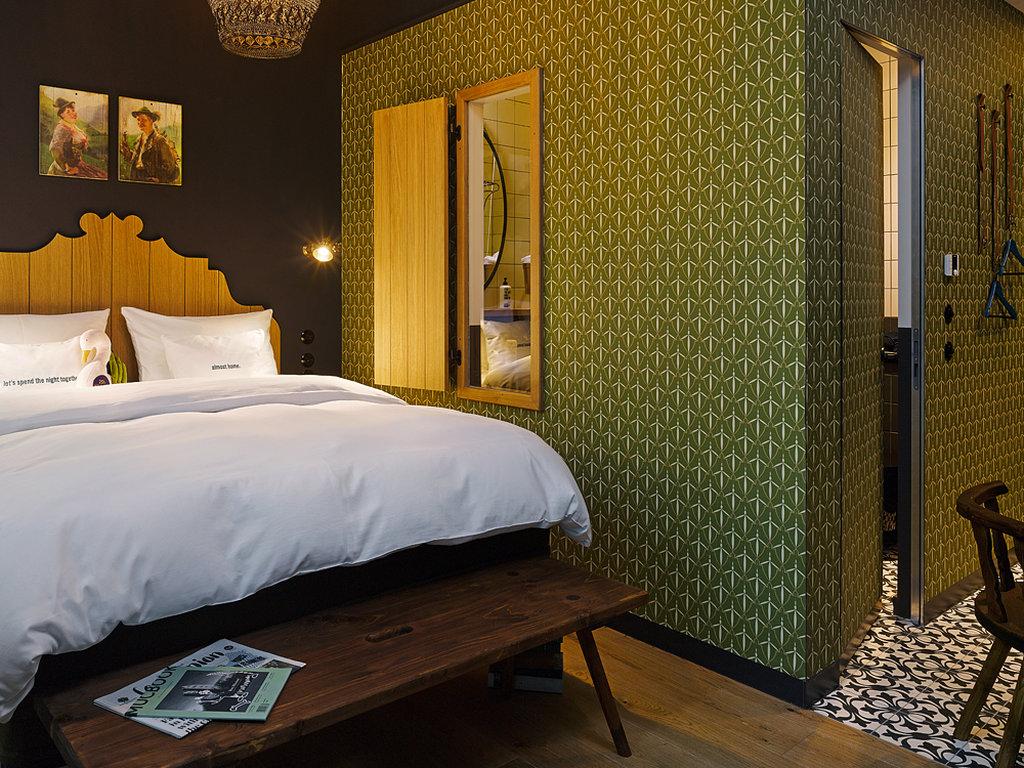 25hours Hotel The Royal Bavarian Hotel-Chamber<br/>Image from Leonardo