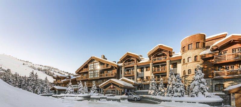 Mercure Courchevel Hotel-Front<br/>Image from Leonardo