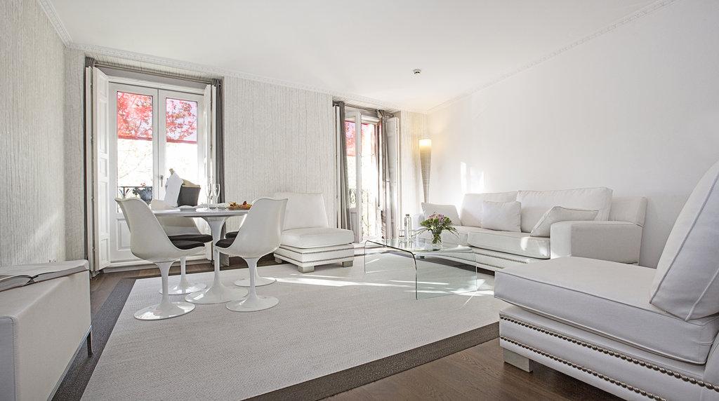 Hotel Hospes Puerta De Alcala-Junior Suite<br/>Image from Leonardo