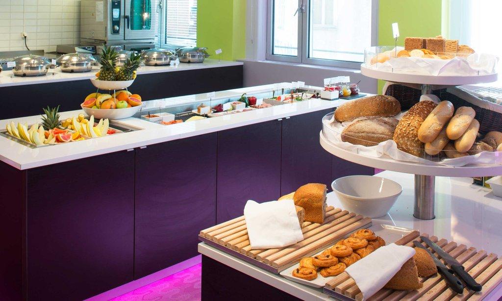 Thon Munch-Breakfast At Munch<br/>Image from Leonardo