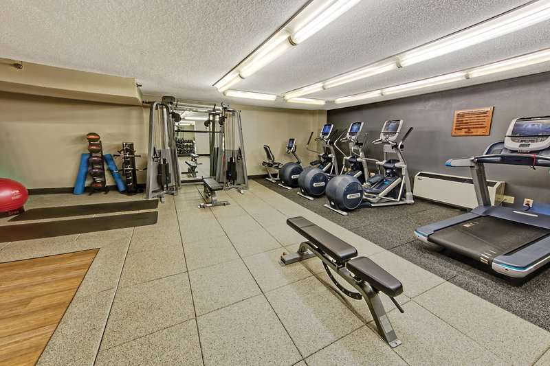 Hilton Knoxville Airport, TN-Fitness Center<br/>Image from Leonardo