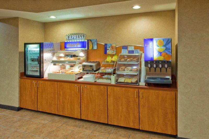 Holiday Inn Express Hanover-Breakfast Bar<br/>Image from Leonardo