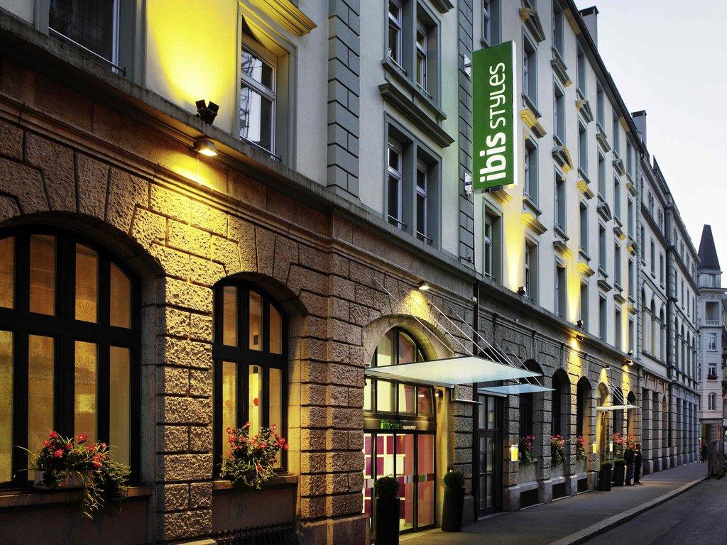 Ibis Styles Luzern City Hotel-Guest Room<br/>Image from Leonardo