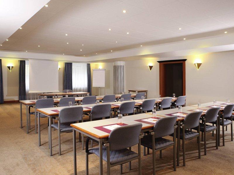 Ibis Styles Luzern City-Meeting Room<br/>Image from Leonardo