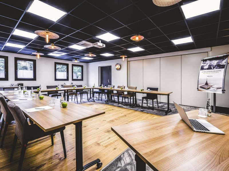 Mercure Pau Palais des Sports Hotel-Meeting Room<br/>Image from Leonardo
