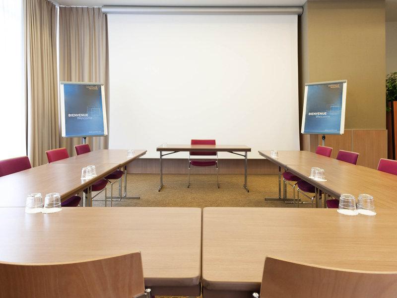 Novotel Brugge Centrum-Meeting Room<br/>Image from Leonardo