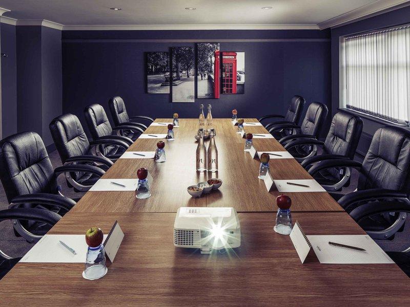 Mercure London Watford Hotel-Meeting Room<br/>Image from Leonardo