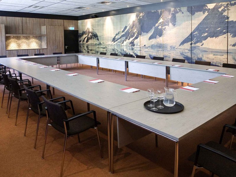 Novotel Den Haag World Forum-Meeting Room<br/>Image from Leonardo