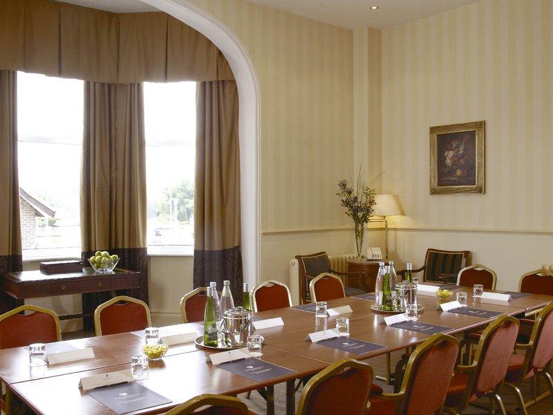 Mercure Farnham Bush-Meeting Room<br/>Image from Leonardo