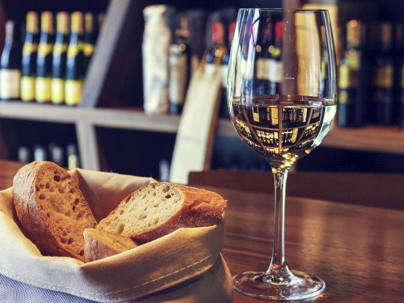 Hotel Mercure Poznan Centrum-Bar/Lounge<br/>Image from Leonardo