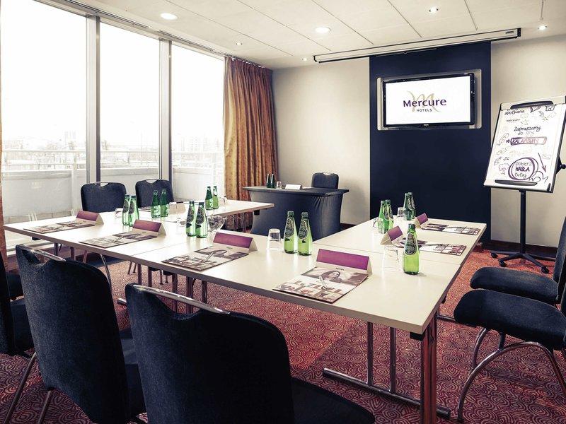 Hotel Mercure Poznan Centrum-Meeting Room<br/>Image from Leonardo
