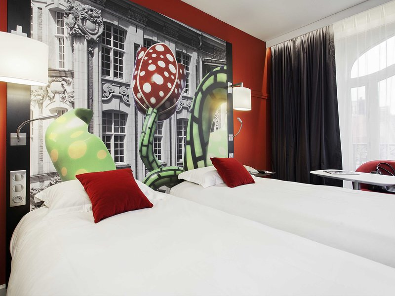 Mercure Lille Centre Grand Palace-Guest Room<br/>Image from Leonardo
