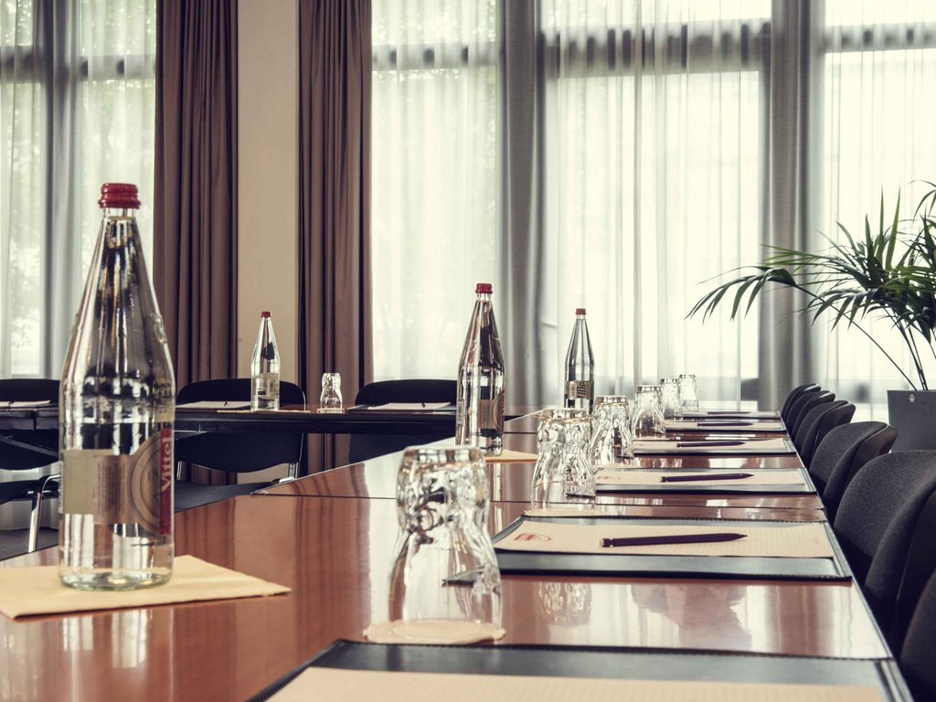 Mercure Hotel Bonn Hardtberg-Meeting Room<br/>Image from Leonardo