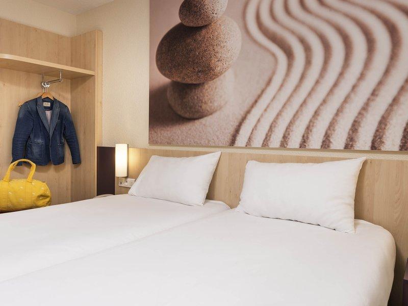 Ibis Styles Paris Roissy CDG-Guest Room<br/>Image from Leonardo