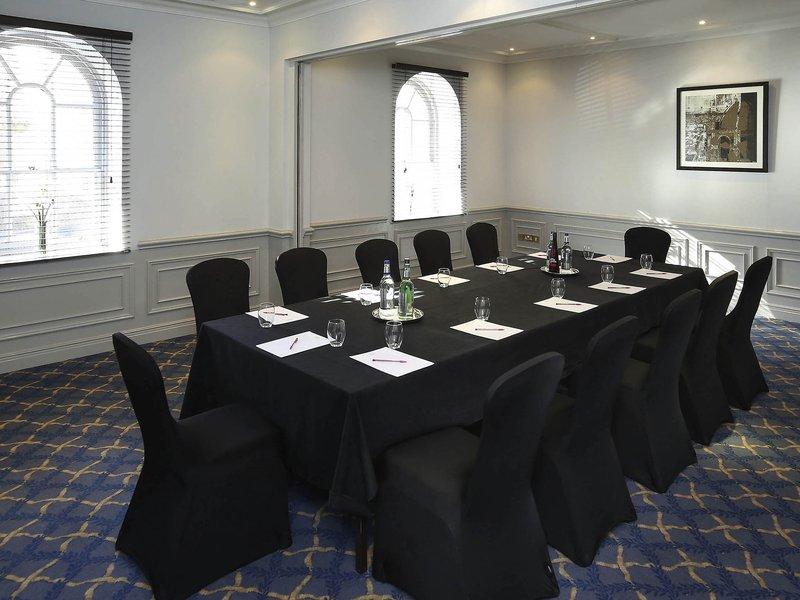 Mercure Exeter Southgate-Meeting Room<br/>Image from Leonardo
