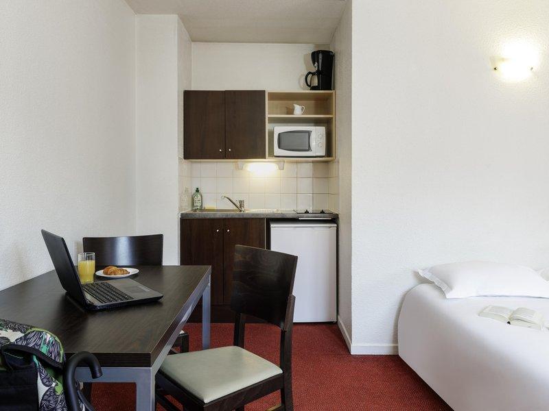 Adagio Access Lille Vauban-Guest Room<br/>Image from Leonardo