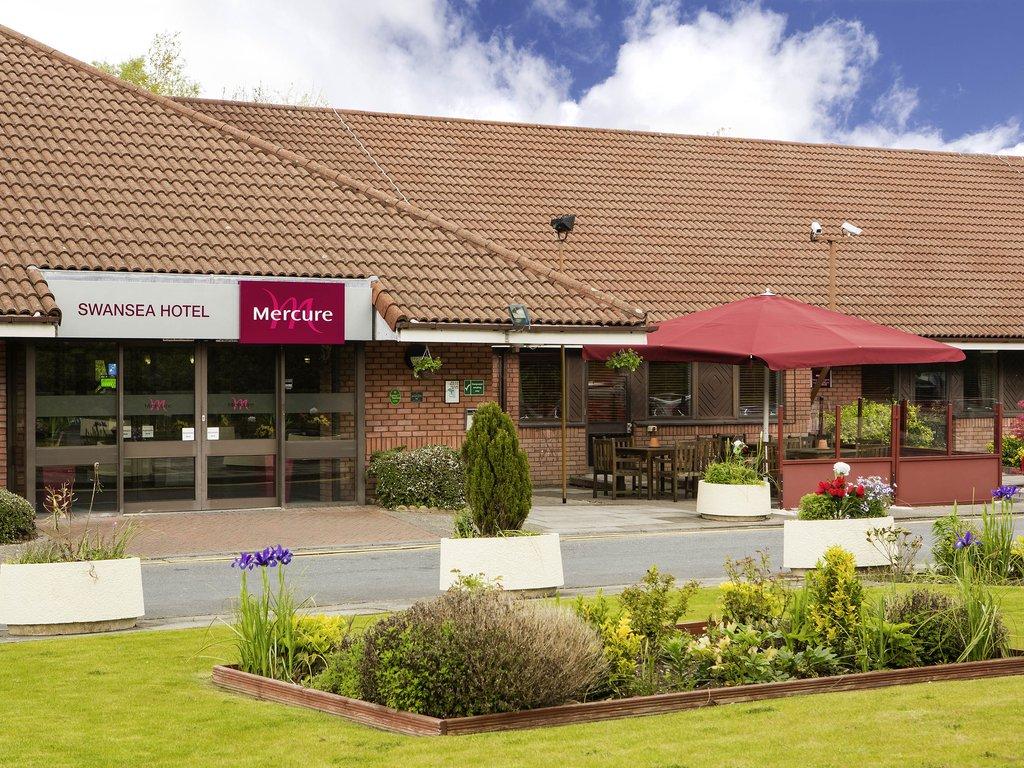 Mercure Swansea Hotel-Exterior<br/>Image from Leonardo