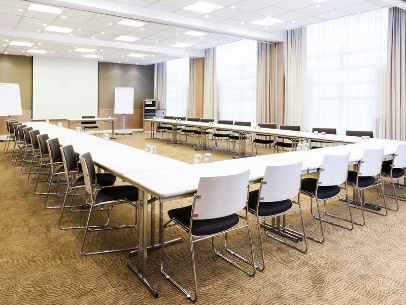 Novotel Ghent Centrum-Meeting Room<br/>Image from Leonardo