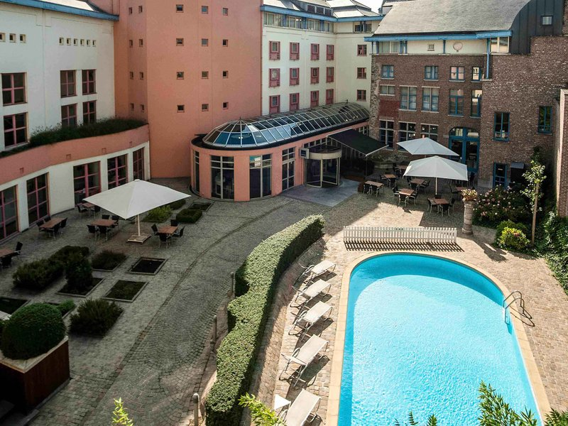 Novotel Ghent Centrum-Pool<br/>Image from Leonardo