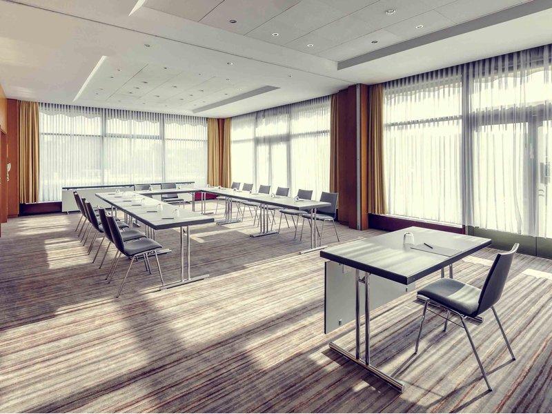 Mercure Hotel Potsdam City-Meeting Room<br/>Image from Leonardo