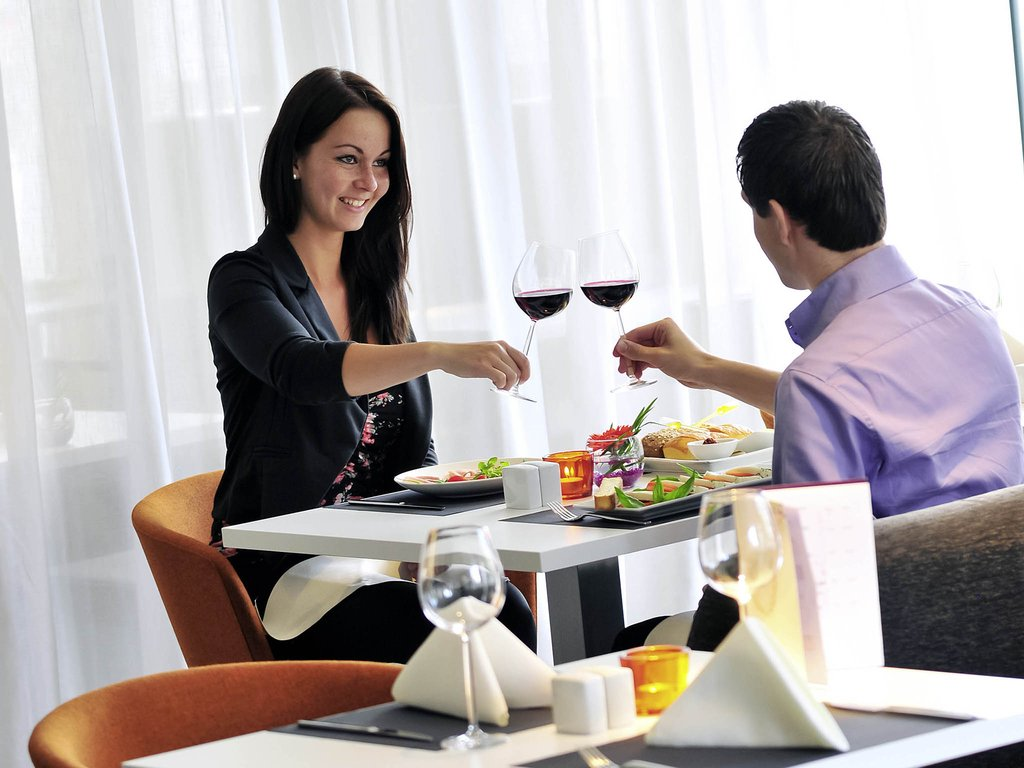 Mercure Hotel Nijmegen Centre-Restaurant<br/>Image from Leonardo