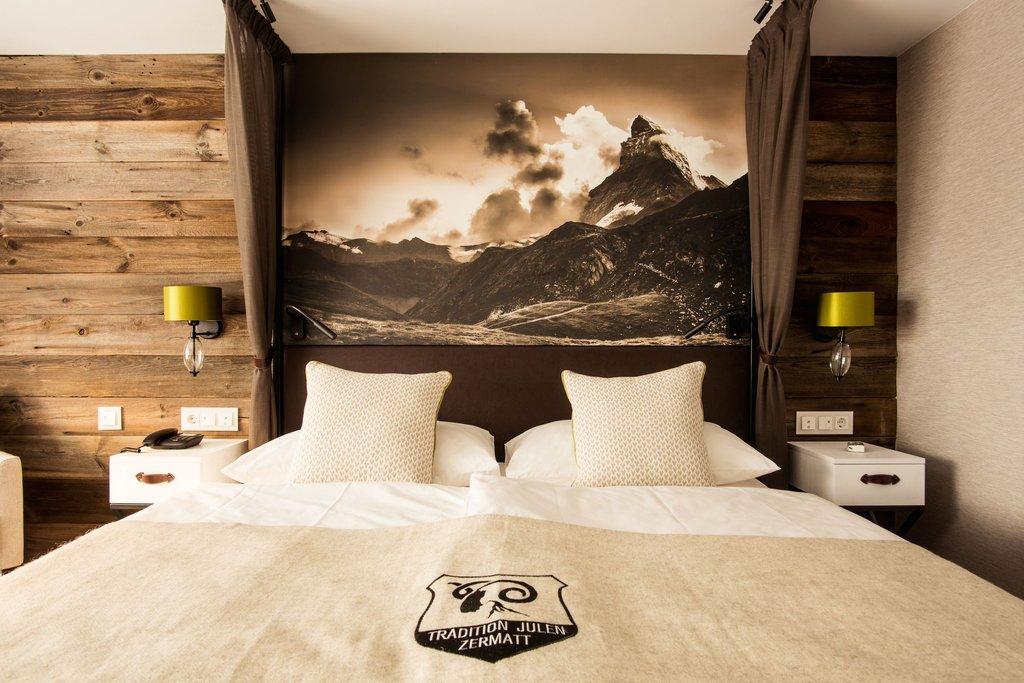 Alpenhof-Deluxe Double Room<br/>Image from Leonardo