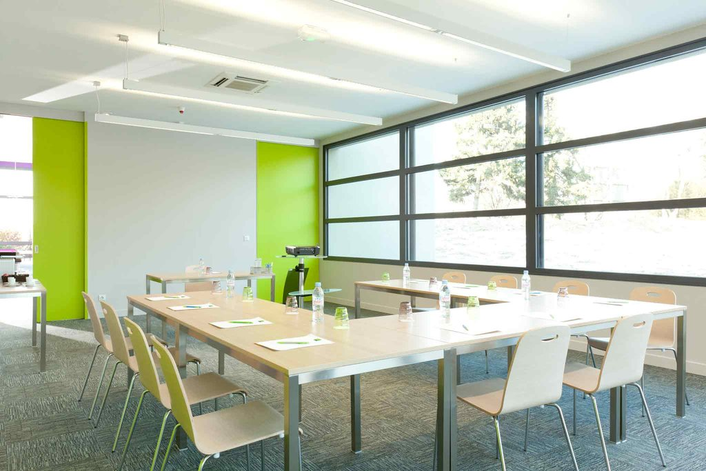 Novotel Lille Aeroport-Meeting Room<br/>Image from Leonardo