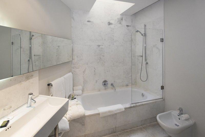Hospes Palau De La Mar-Dreamer Double Bathroom<br/>Image from Leonardo