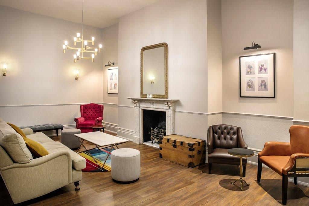 Jurys Inn Cardiff-Lobby Lounge<br/>Image from Leonardo