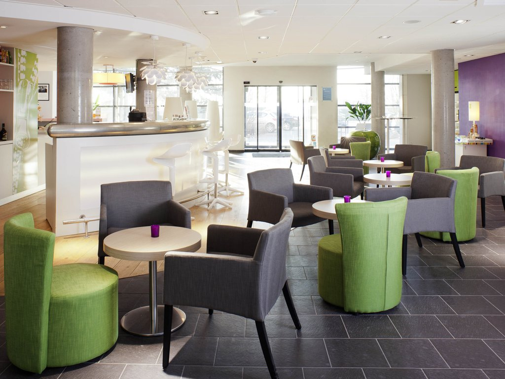 Novotel Lille Aeroport-Bar/Lounge<br/>Image from Leonardo