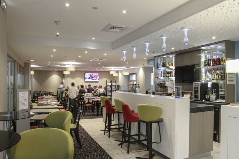 Mercure Amiens Cathedrale Hotel-Lobby Bar<br/>Image from Leonardo
