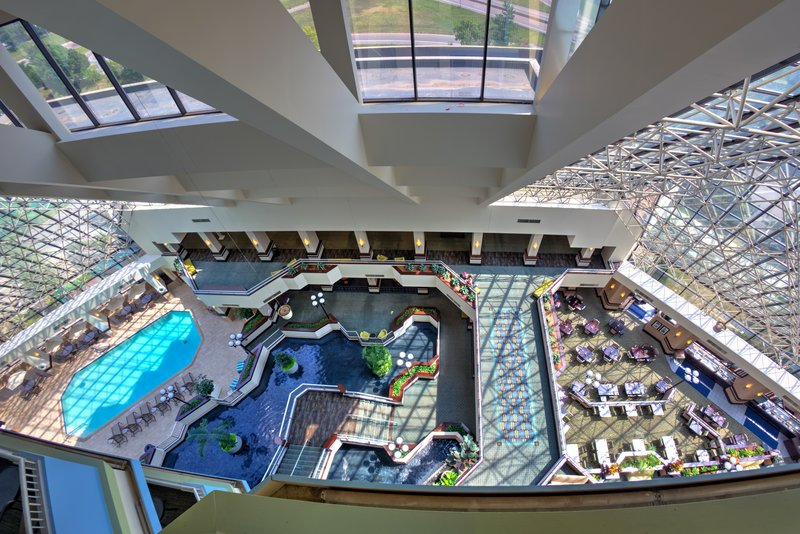 Crowne Plaza St. Louis Airport-Atrium<br/>Image from Leonardo