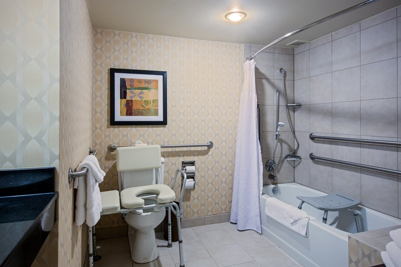 Crowne Plaza St. Louis Airport-ADA Guest Bath with Tub/Shower<br/>Image from Leonardo