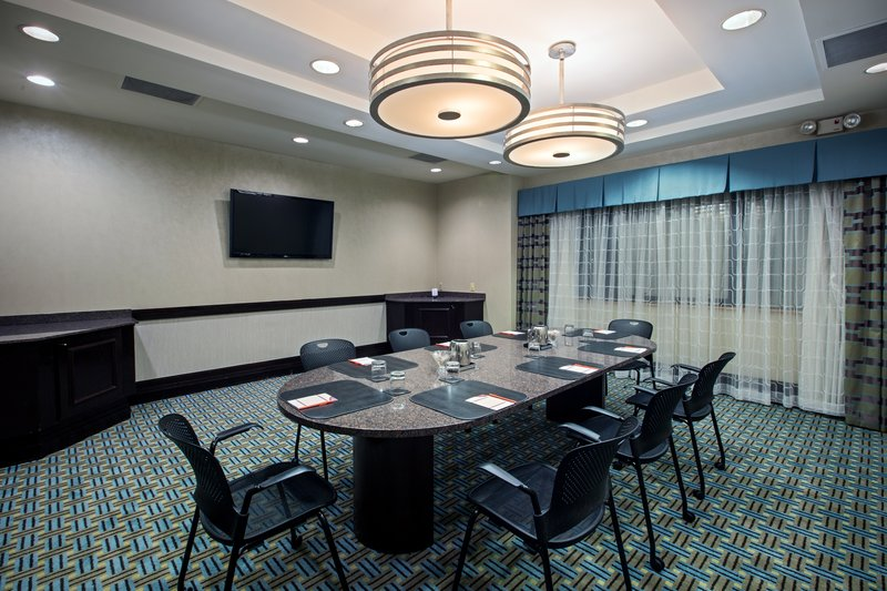 Crowne Plaza St. Louis Airport-Laclede Boardroom<br/>Image from Leonardo